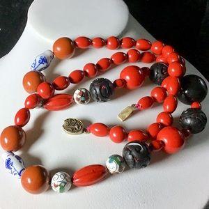 🎁Unique Vintage Asian Necklace